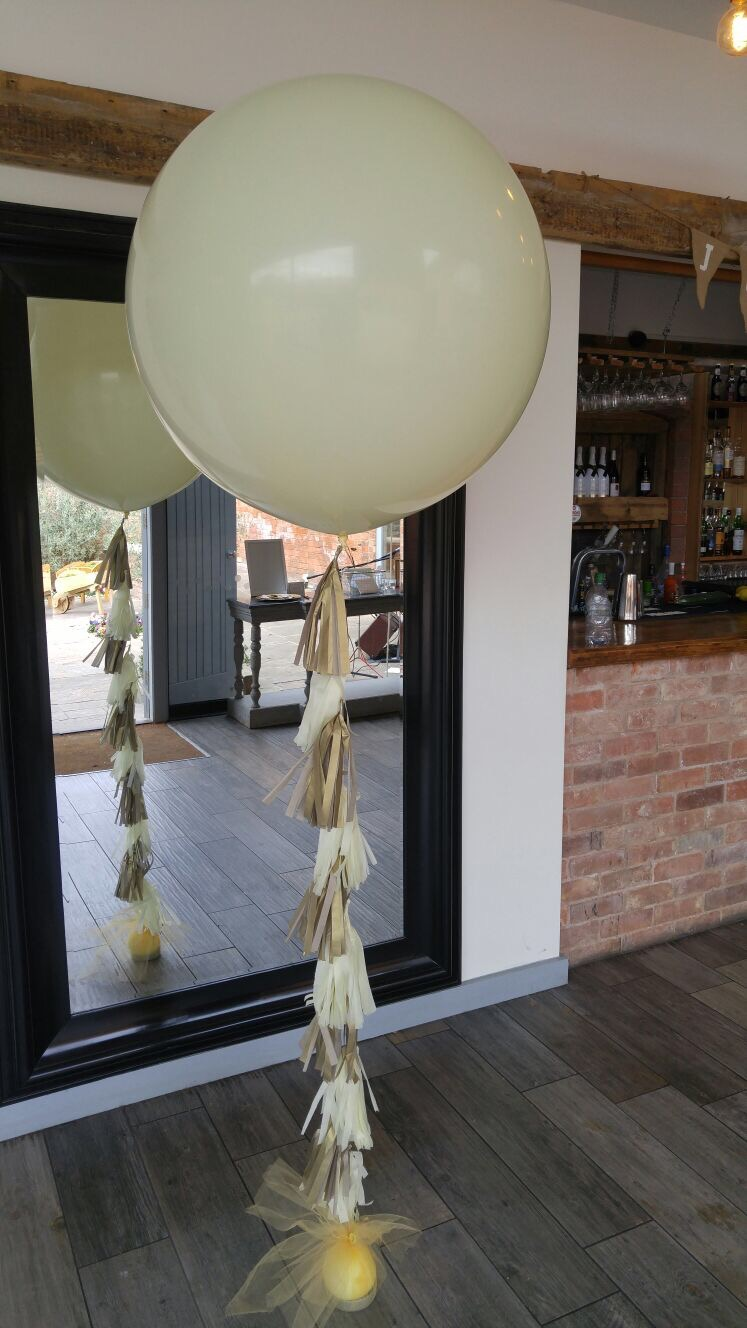 3ft balloon with tassels