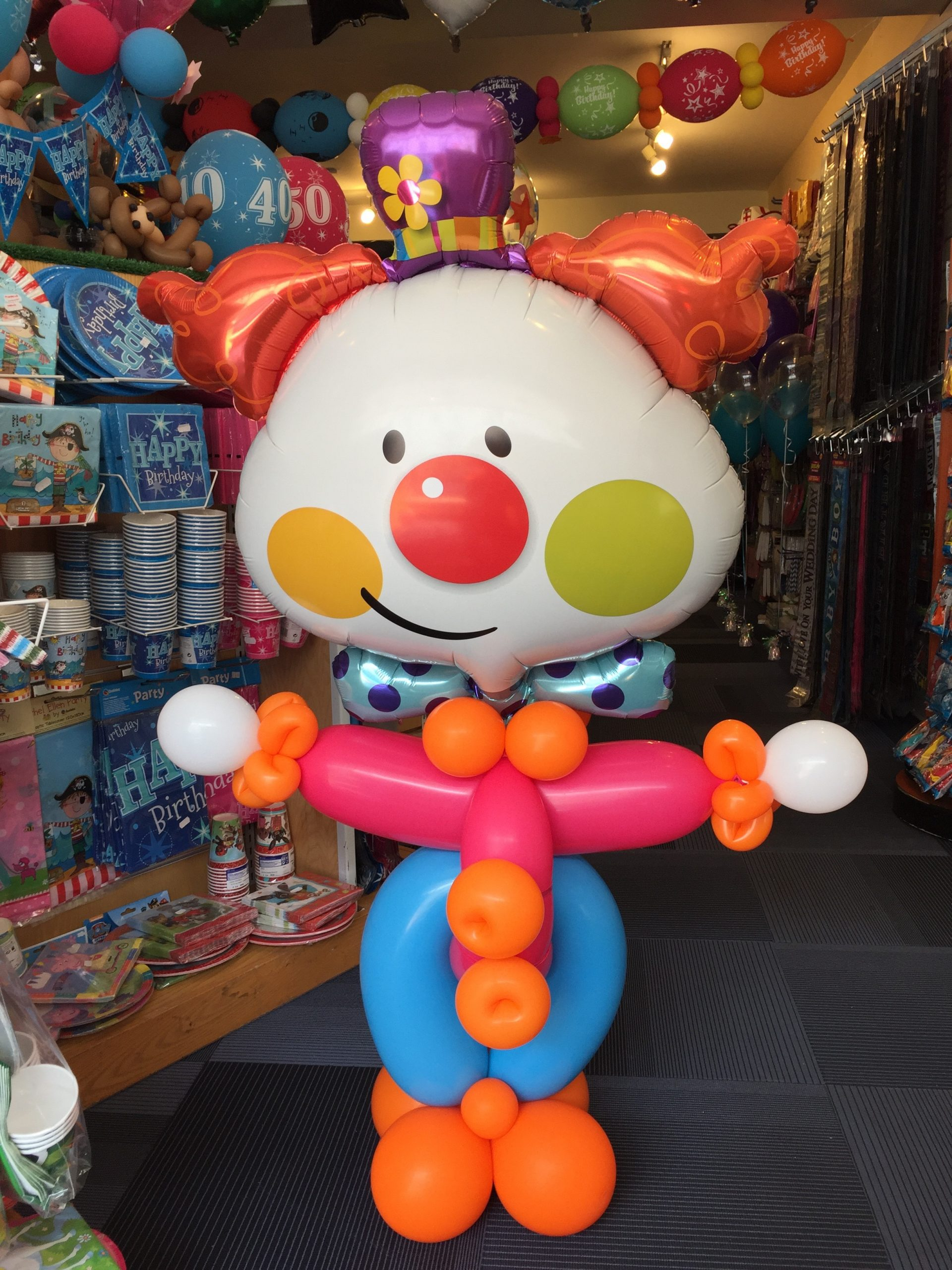 Small balloon clown