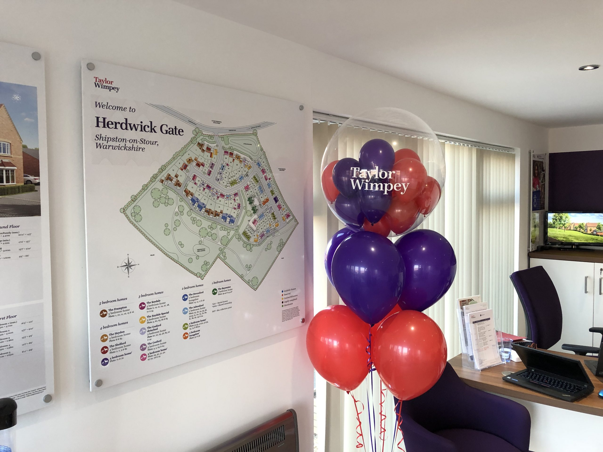 Taylor Wimpey Gumball Luxury Decoration